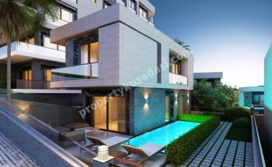 Detached Villas with private pool close to center in Kusadasi