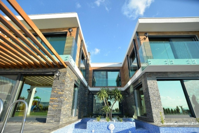 Detached Luxury Villa For Sale with Private Pool in Kusadasi