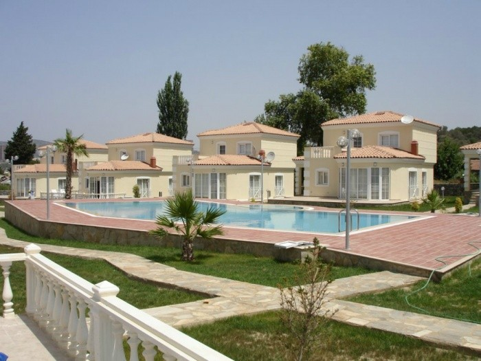 detached luxury villa for sale in kusadasi